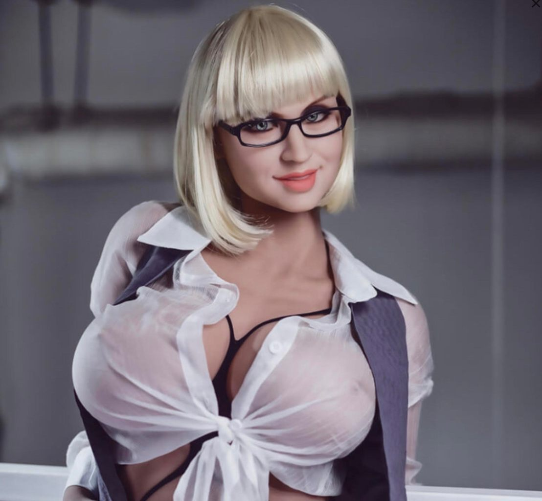 Biggest Butt Sex Doll Camille_Front